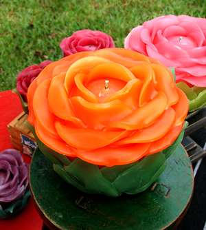 Victorian Rose Candles make a great gift for Valentines, Easter and Mother's Day!